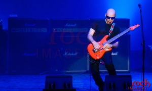 feature_1600x1000_joe-satriani